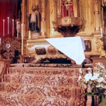 Sepulcre a la Processó de l'Enterrament del divendres Sant. Processó Setmana Santa de Felanitx de 2006
