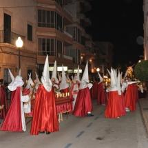 Confrares preparant-se abans de partir la Processó. Processó Setmana Santa de Felanitx de 2009
