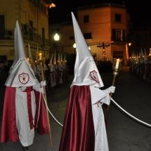 Confrares amb la vestimenta oficial de la Confraria. Processó Setmana Santa de Felanitx de 2010