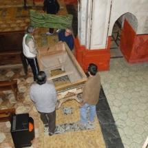 Preparació Setmana Santa. Preparació del Sant Enterrament. 2010