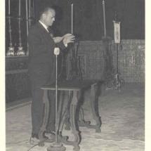 Josep Maria LLompart pronuncia el pregó de la Setmana Santa de 1959. Imatges retrospectives.