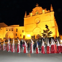 Pas de la Confraria per l'Església de Sant Miquel. Processó Setmana Santa de Felanitx de 2014