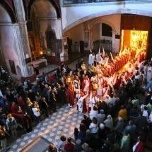 La processó de l'Enterrament entra al Convent de Sant Agustí. Enterrament 2014