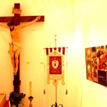 Crist a la Creu a l'exposició a la Casa de Cultura de Felanitx. 50è Aniversari de la Fundació de la Confraria